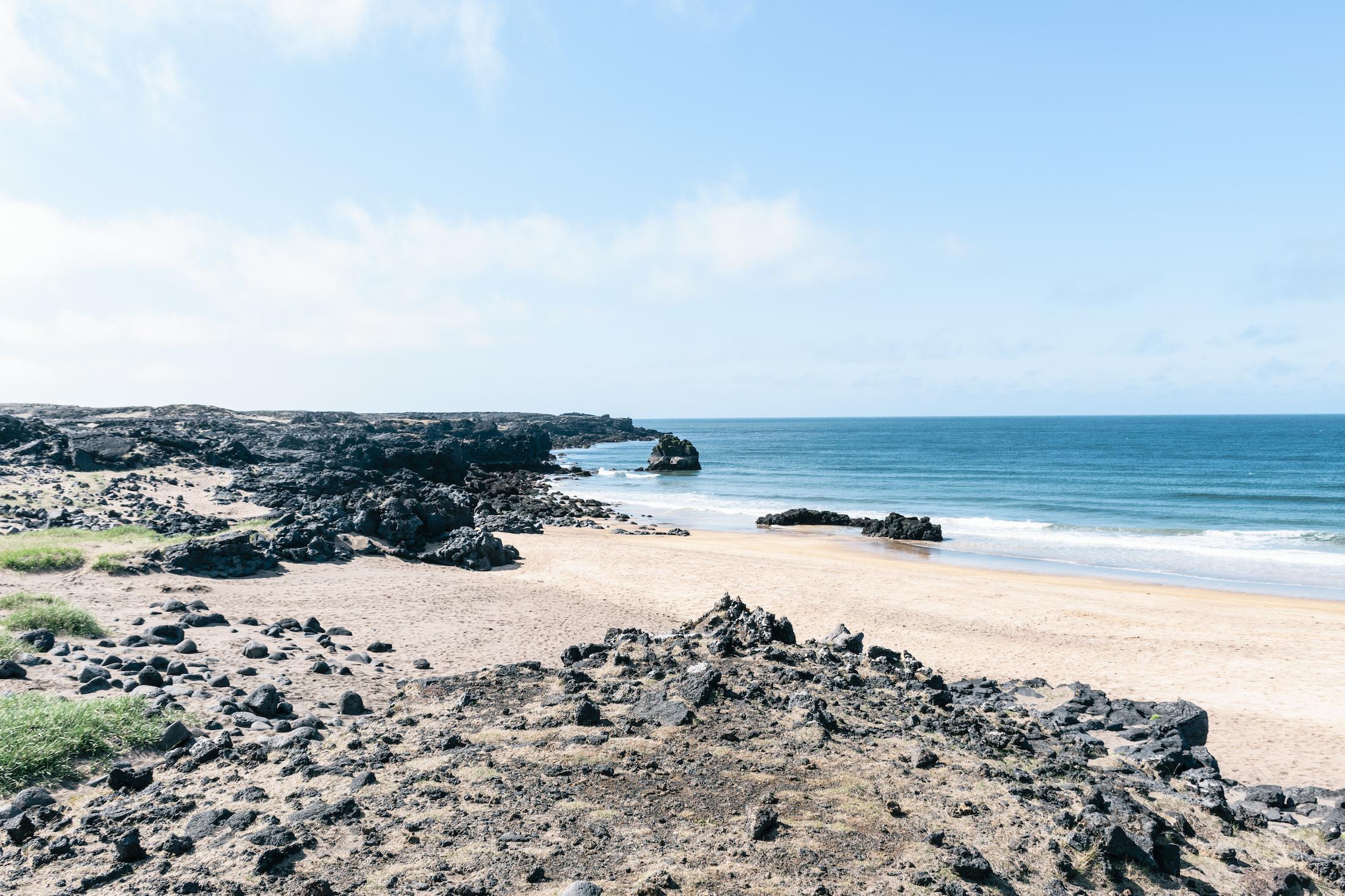 Skarðsvík Beach - iceland - twins of journey
