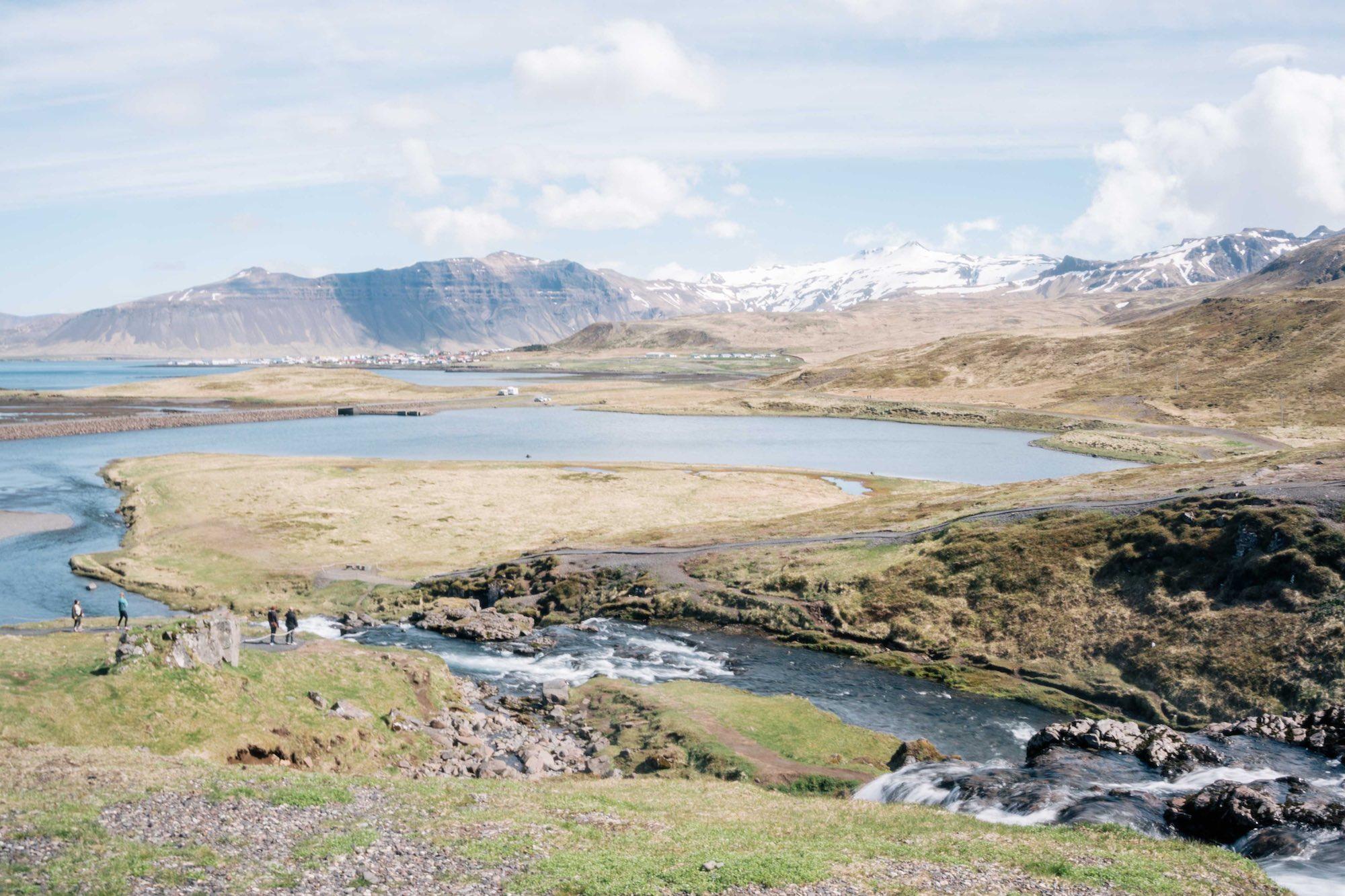 Kirkjufell - iceland - twins of journey