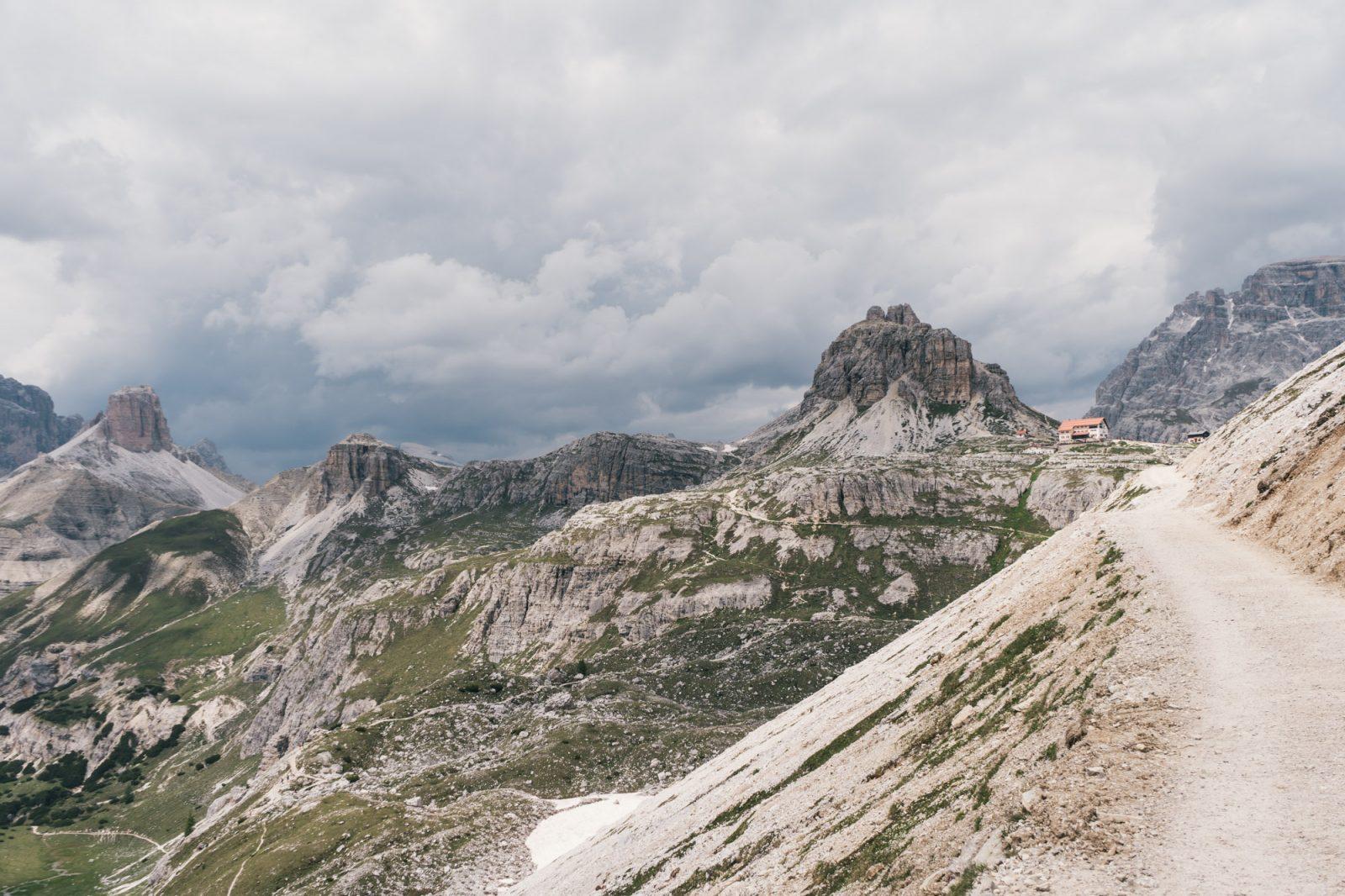 rifugio locatelli tre cime